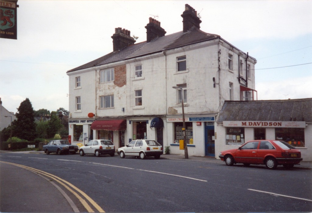 Parade of shops with Post Office
